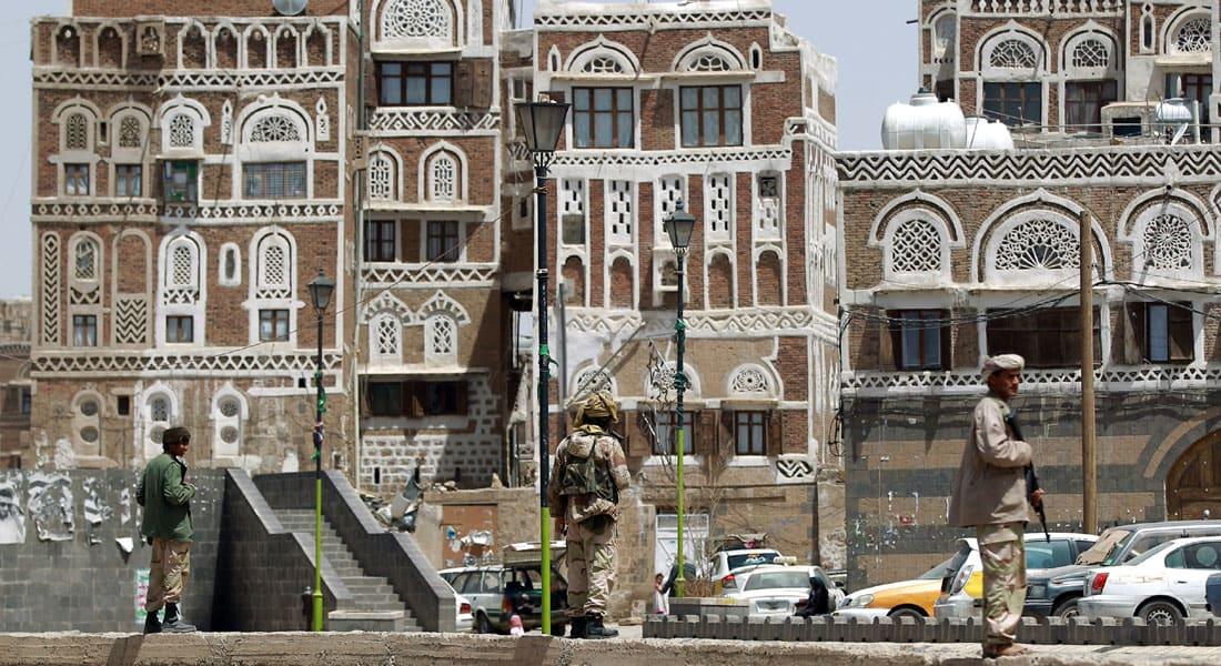 محلل عسكري أمريكي لـCNN: تأثير الضربات على الحوثيين يتراجع والرياض لم تطلق عملية دبلوماسية مناسبة وعليها ضرب القاعدة