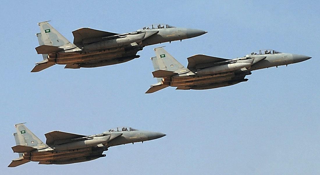 مصدر حوثي لـCNN مقتل 3 طلاب بغارات سعودية استهدفت قاعدة الحمزة في إب وأصابت مدرسة قريبة