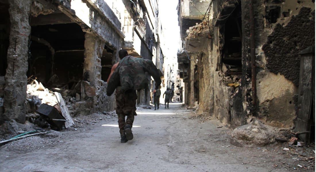 47 قتيلا في مخيم اليرموك ومروحيات النظام السوري تمطره بالبراميل المتفجرة
