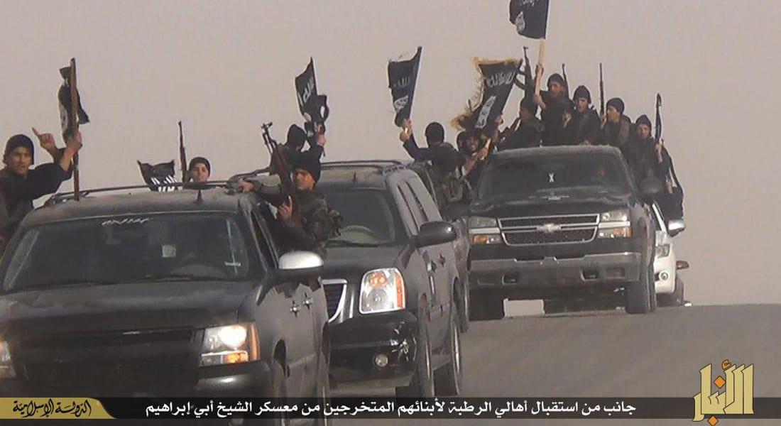 محافظ الأنبار: داعش يعدم 52 شخصا أغلبهم ضباط بالشرطة العراقية في القائم على الحدود السورية
