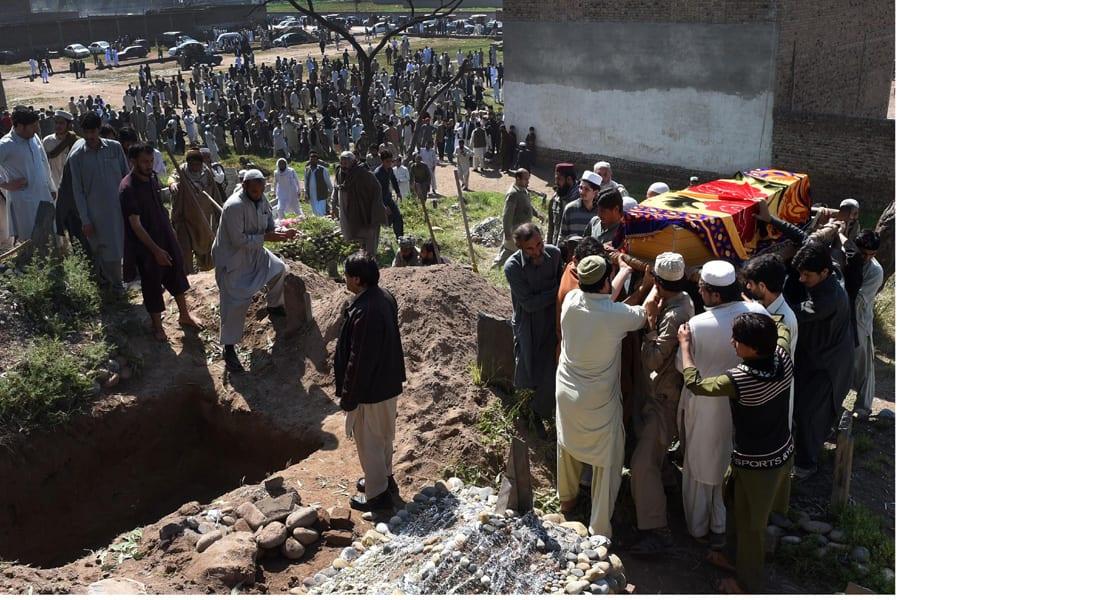 مقتل 20 عاملا باكستانيا في هجوم مسلحين على مشروع لبناء جسر في بلوشستان