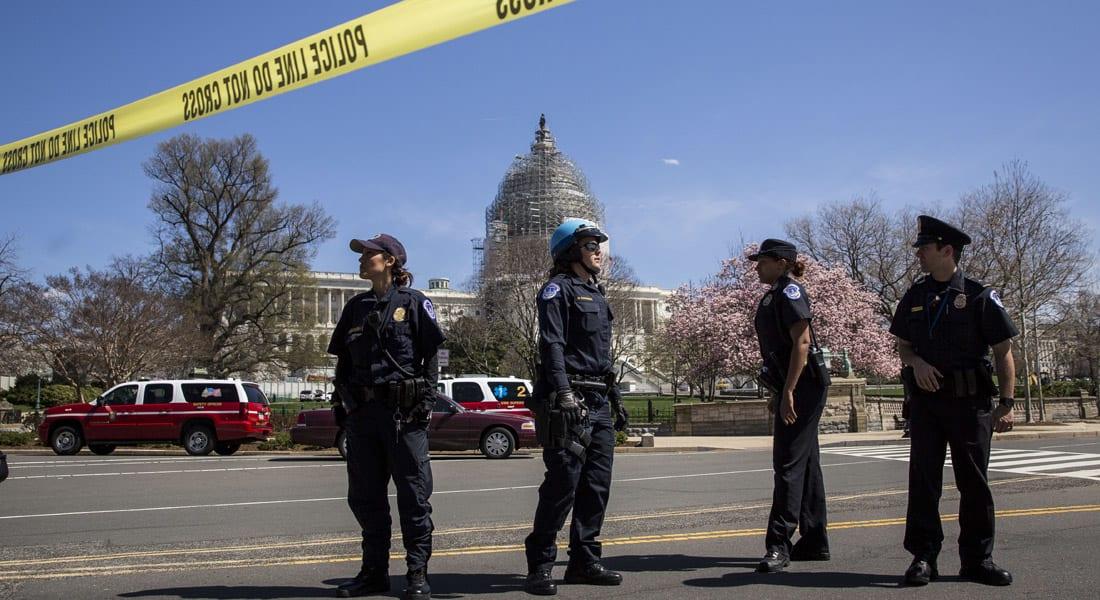 """أمريكا.. إغلاق الكونغرس بعد إطلاق نار والعثور على """"عبوة مريبة"""" قرب الكابيتول"""