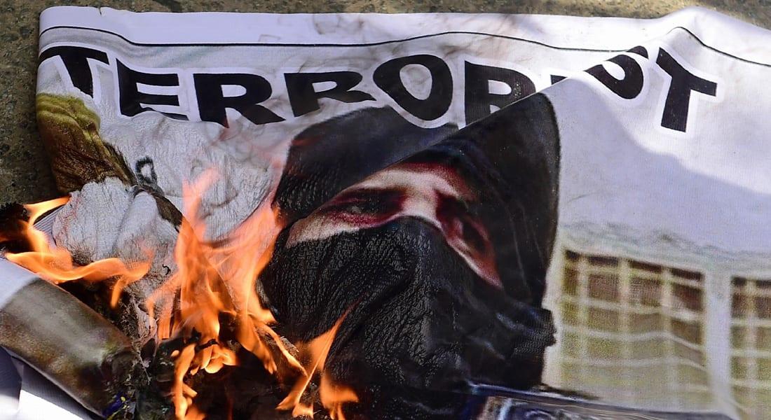 رأي: قيادات القاعدة تتقلص والتنظيم بغرفة الإنعاش.. هل يرث داعش تركة بن لادن؟