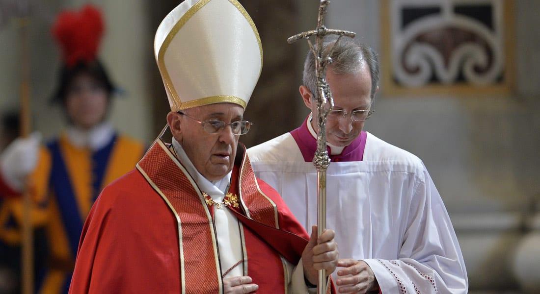 """داود أوغلو يرد على البابا بسبب """"مذابح الأرمن"""": قدم لنا كشف حساب بقتلى المسلمين في محاكم تفتيش الأندلس"""
