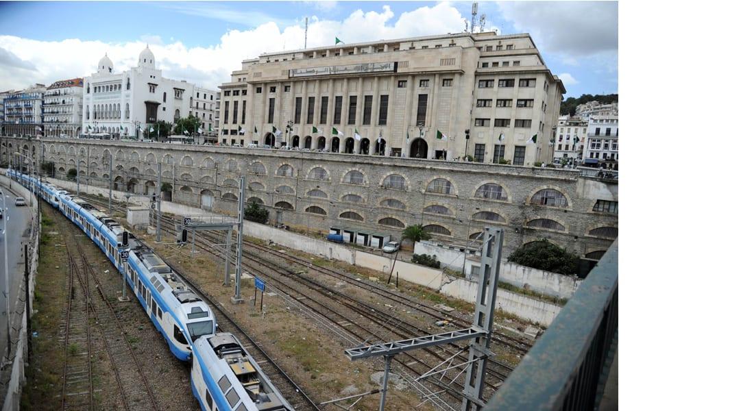 الجزائر تعلن عن مشروع قطار سريع يربط المغرب بتونس