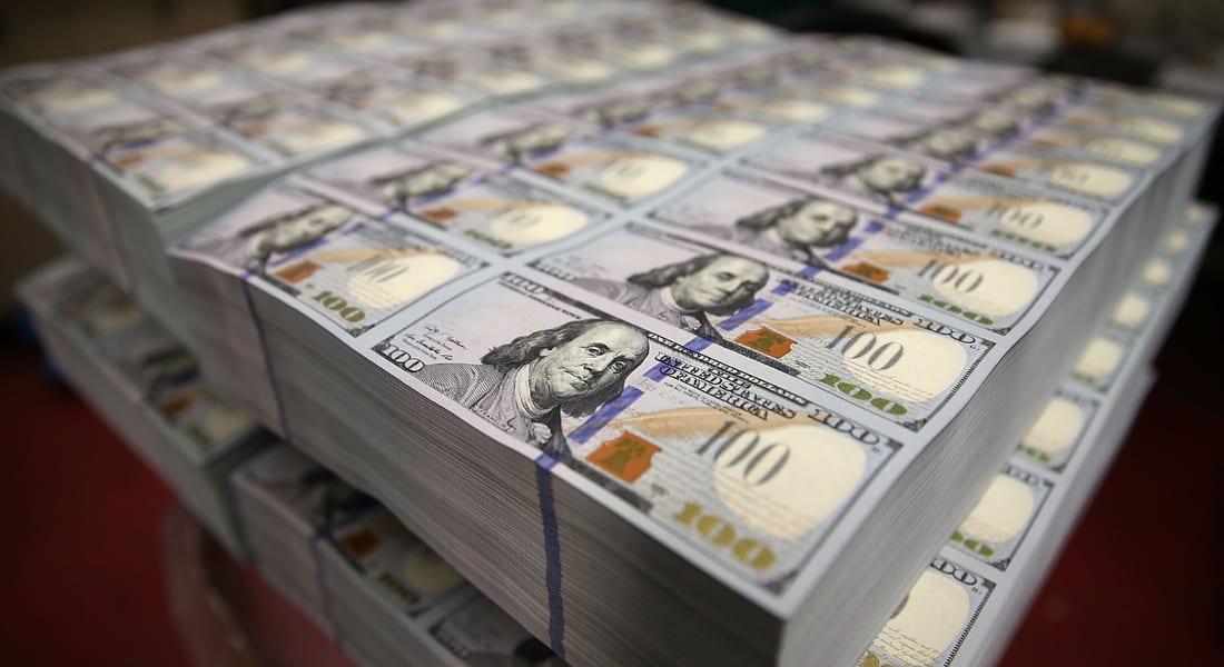 """تعرف على خمس شركات أمريكية  """"تتربع"""" على 430 مليار دولار نقدا"""