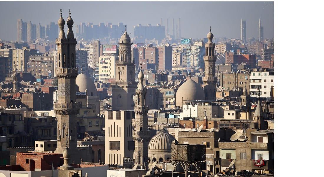 """مصر: وزير الأوقاف يعاقب عاملين بمسجد بالنقل والخصم والإحالة للنيابة لارتكابهم """"جريمة بحق البيئة"""""""