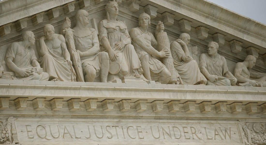 هل لمن تعدت سن الخمسين حق الاستمتاع بالجنس؟ قرار تحدده المحكمة
