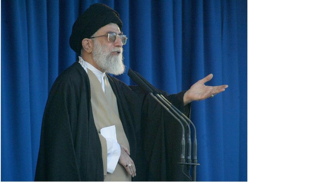 """خامنئي: عبارات """"السنة والشيعة والعرب والعجم"""" تثير الفتنة ومسؤولو بعض الدول لا يميزون الصديق من العدو"""
