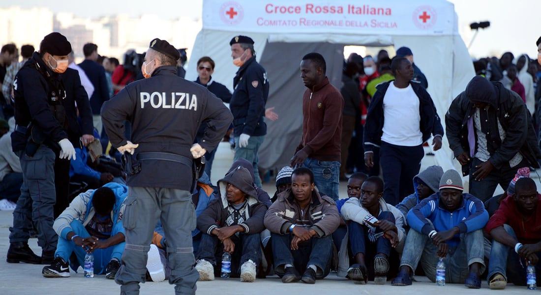 """""""عنف طائفي"""" في عرض البحر.. اتهام مهاجرين مسلمين بإلقاء مسيحيين في مياه المتوسط"""