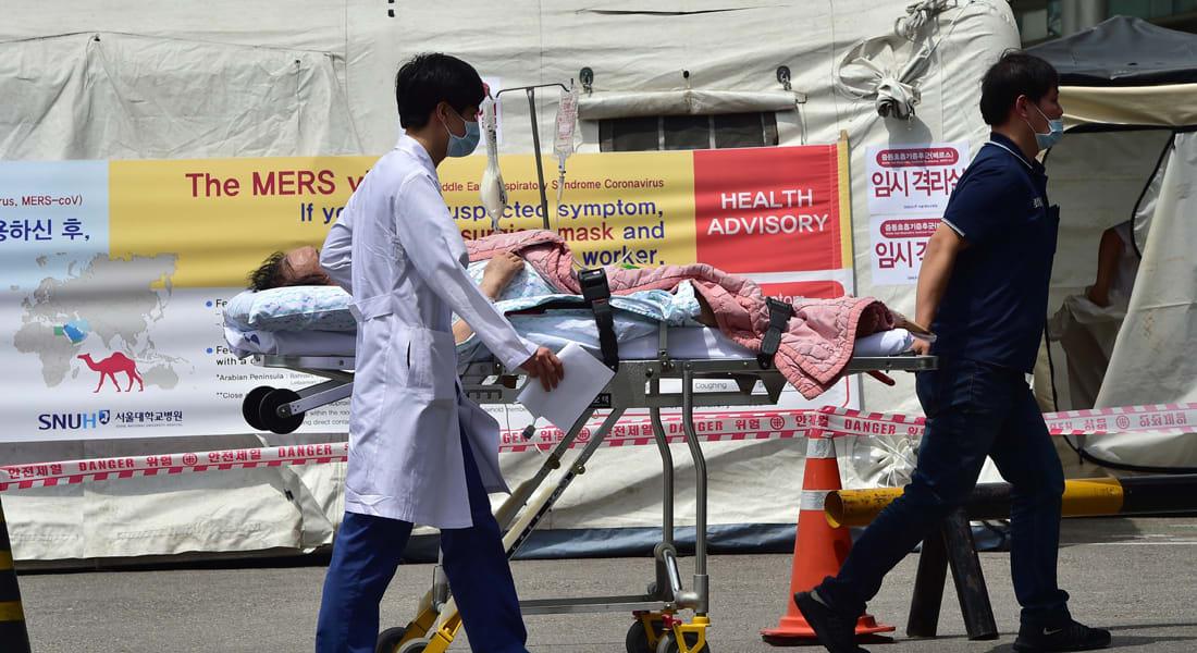 """ذعر """"كورونا"""" يجتاح كوريا الجنوبية.. 5 وفيات من 64 إصابة و""""عزل"""" 2300 وإغلاق 1300 مدرسة"""