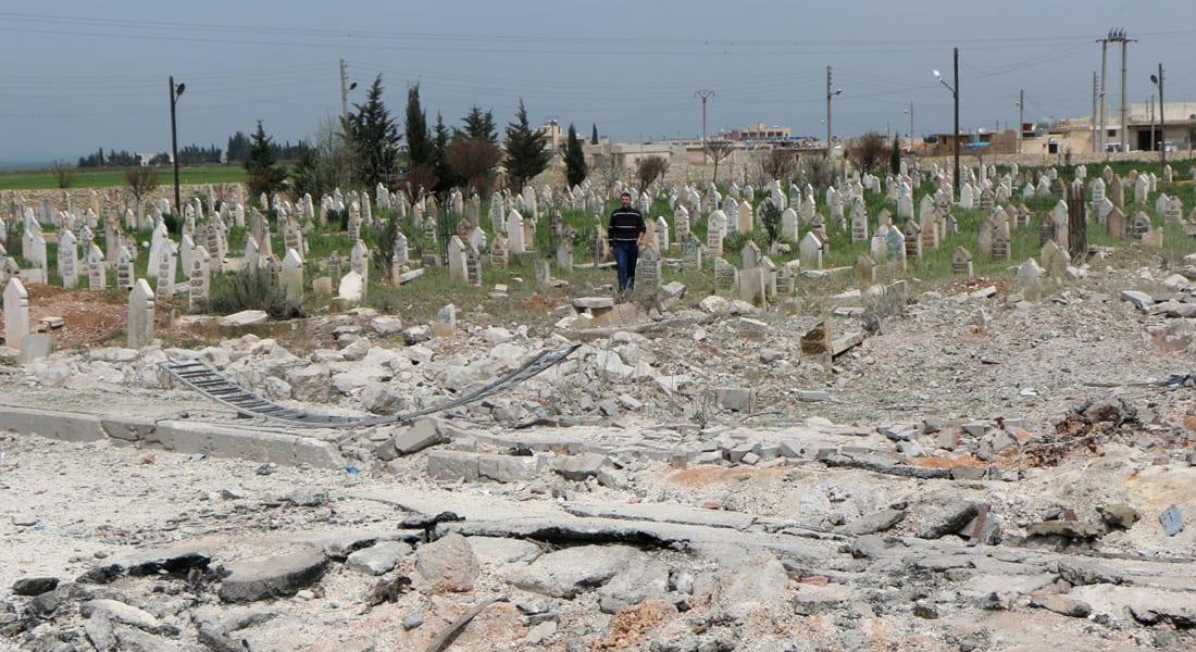 """المرصد السوري: """"داعش"""" يعدم 12 رجلاً وامرأة ذبحاً ورجماً في أسبوع بتهم الردة والتخابر والزنا"""
