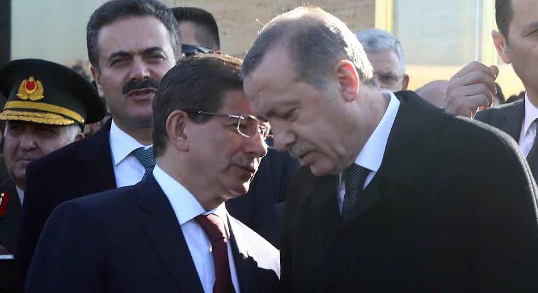 بعد نتائج الانتخابات.. أردوغان يقبل استقالة حكومة داوود أوغلو