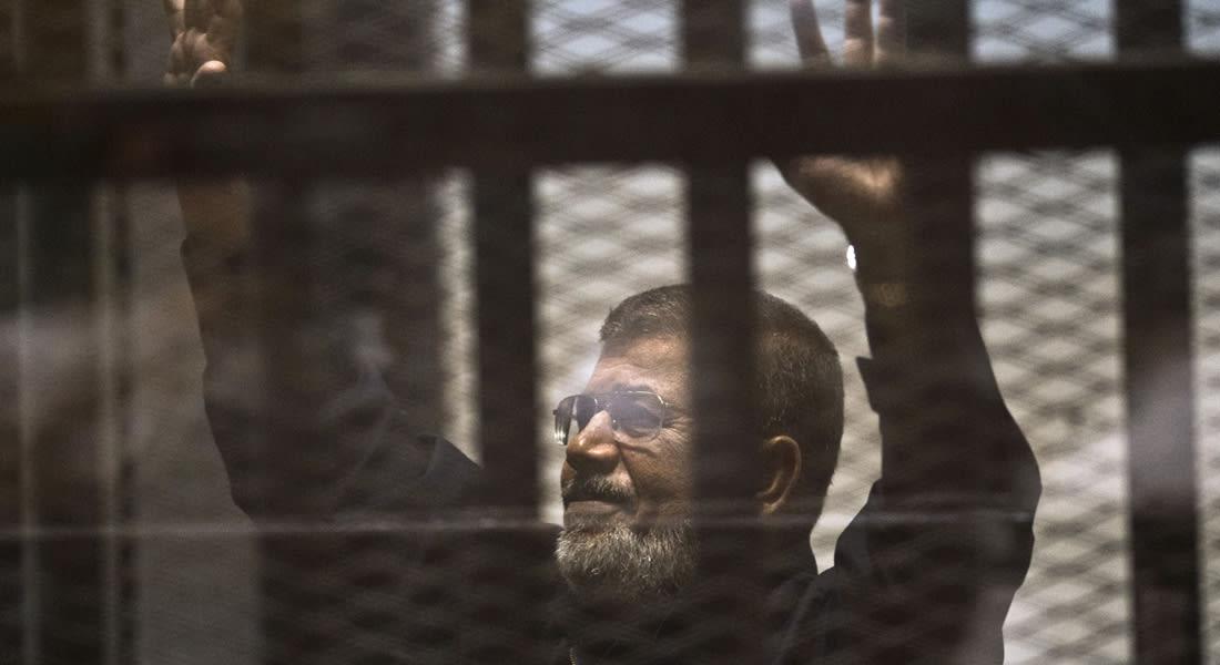 """بالأسماء.. من هم """"إخوان مرسي"""" المحكومين بالإعدام والسجن في قضيتي الهروب والتخابر؟"""