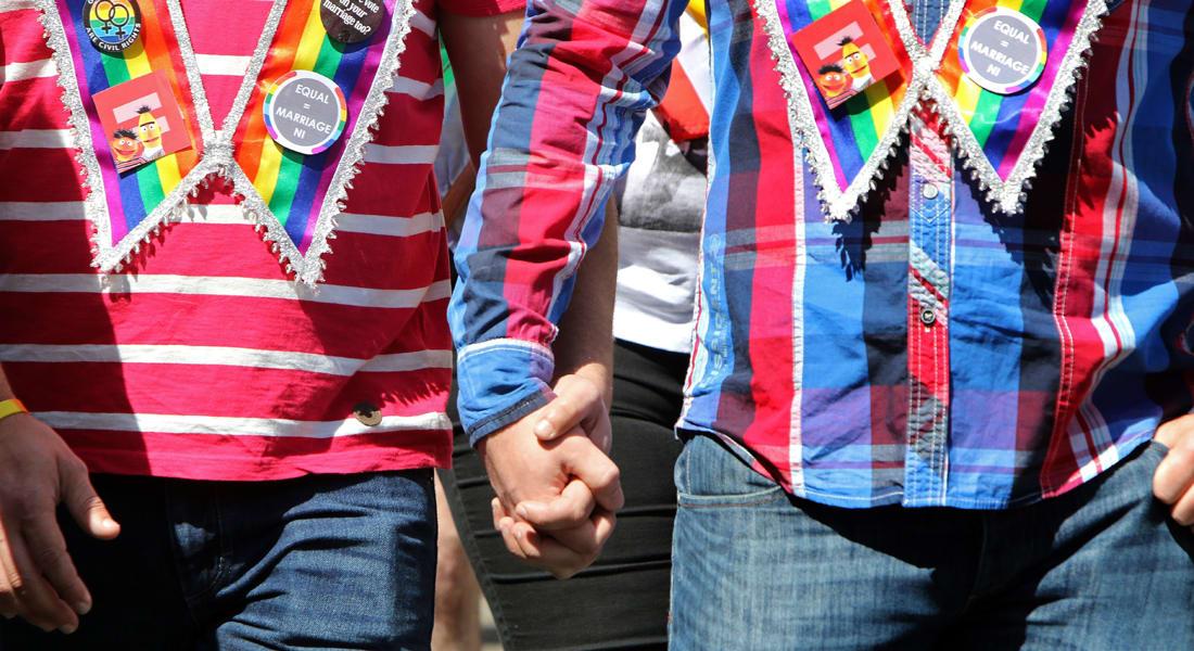 المغرب يحكم على شابين بأربعة أشهر سجنًا بسبب تقبيلهما لبعضهما