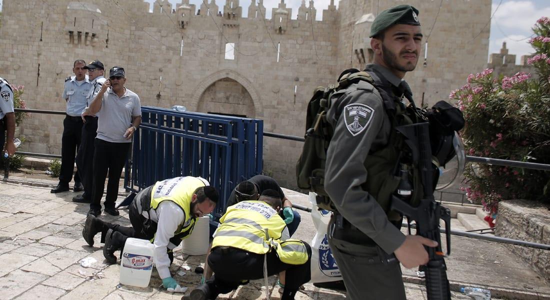 جندي إسرائيلي بحال حرجة بعد طعنه في القدس على يد شاب فلسطيني