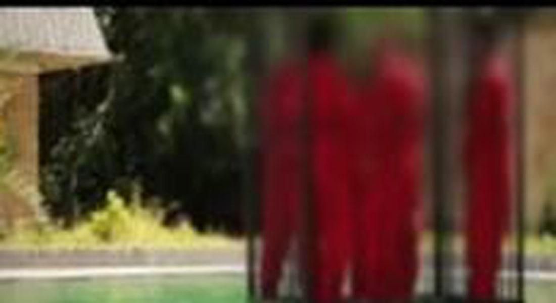 """فيديو لـ""""داعش"""" يظهر إعدام 14 """"جاسوساً"""" بإحراقهم وإغراقهم وتفجير رؤوسهم"""