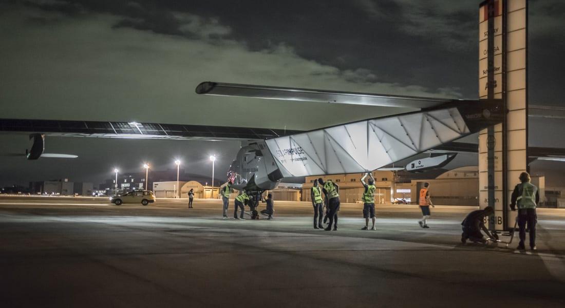 """طائرة """"سولر أمبلس"""" العاملة بالطاقة الشمسية تواجه أخطر مرحلة برحلتها حول العالم"""