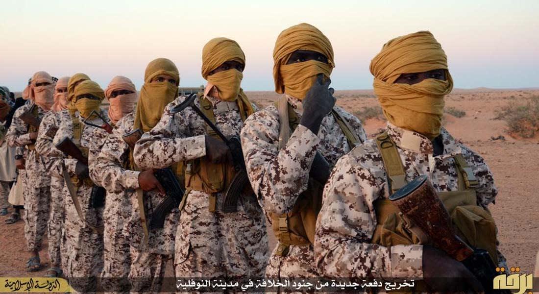 """مساعد مدير FBI السابق لـCNN: داعش بدلت قواعد الحرب بعد زمن بن لادن.. أنصارها """"زومبي"""" يتحركون للقتل"""