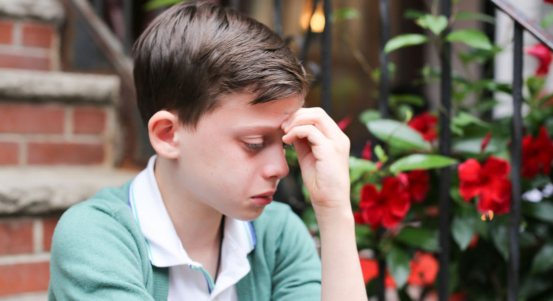 هيلاري كلينتون تتعاطف مع طفل مثلي وتوصيه بعدم القلق من مستقبله