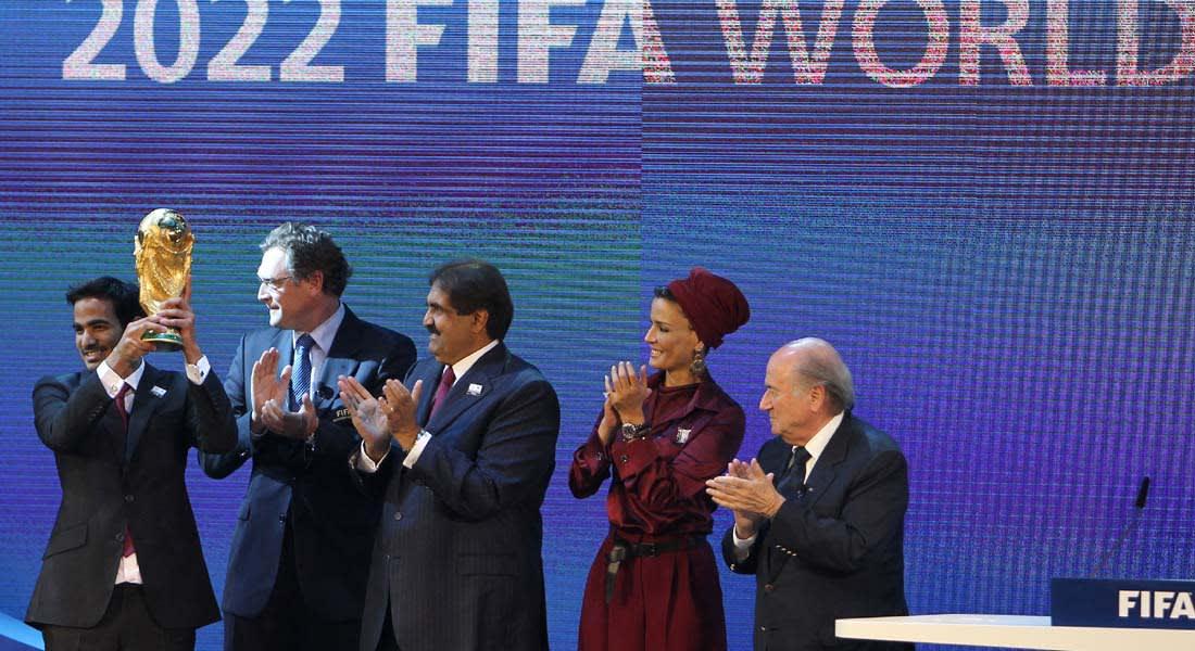 """""""فضيحة"""" الفيفا.. الإيقاف 7 سنوات لمسؤول تقييم ملفي """"روسيا 2018"""" و""""قطر 2022"""""""