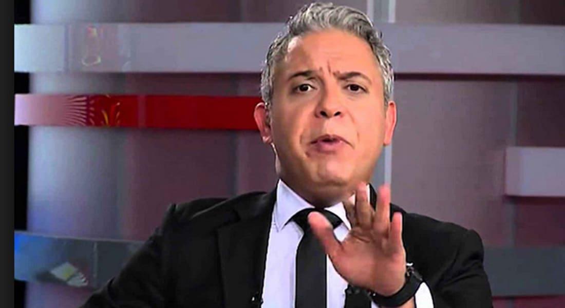 """مصر.. السجن 10 سنوات للإعلامي معتز مطر بتهمة """"محاولة قلب نظام الحكم"""""""