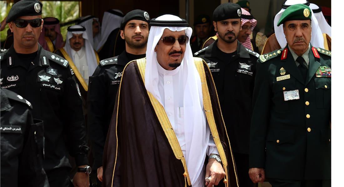 الملك سلمان يغادر السعودية في أول زيارة خاصة وينيب محمد بن نايف لإدارة الدولة