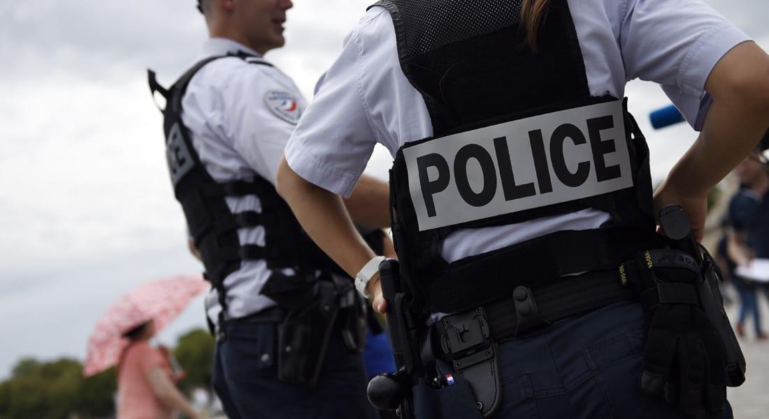 """الشرطة الفرنسية لـCNN: إطلاق نار على سيارة كانت باتجاهها لعناصر شرطة قرب محيط سباق """"تور دي فرانس"""" للدراجات الهوائية"""