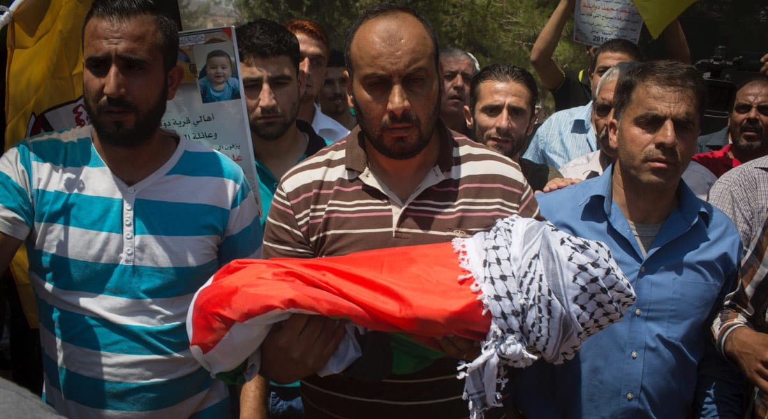 """إسرائيل تعتقل """"متشددين يهود"""" بعد الحريق الذي قتل فيه الرضيع علي دوابشة ووالده"""