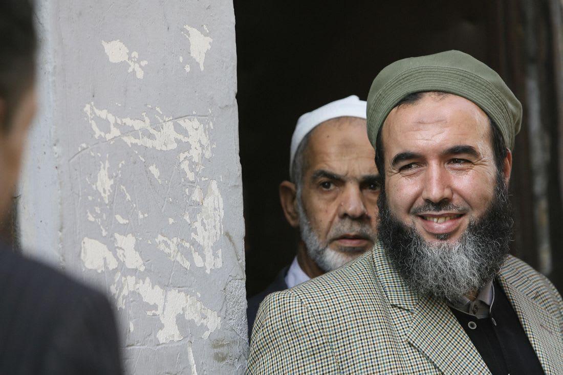 الجيش الإسلامي للإنقاذ يرغب في ممارسة السياسة بالجزائر تحت لواء حزب جديد
