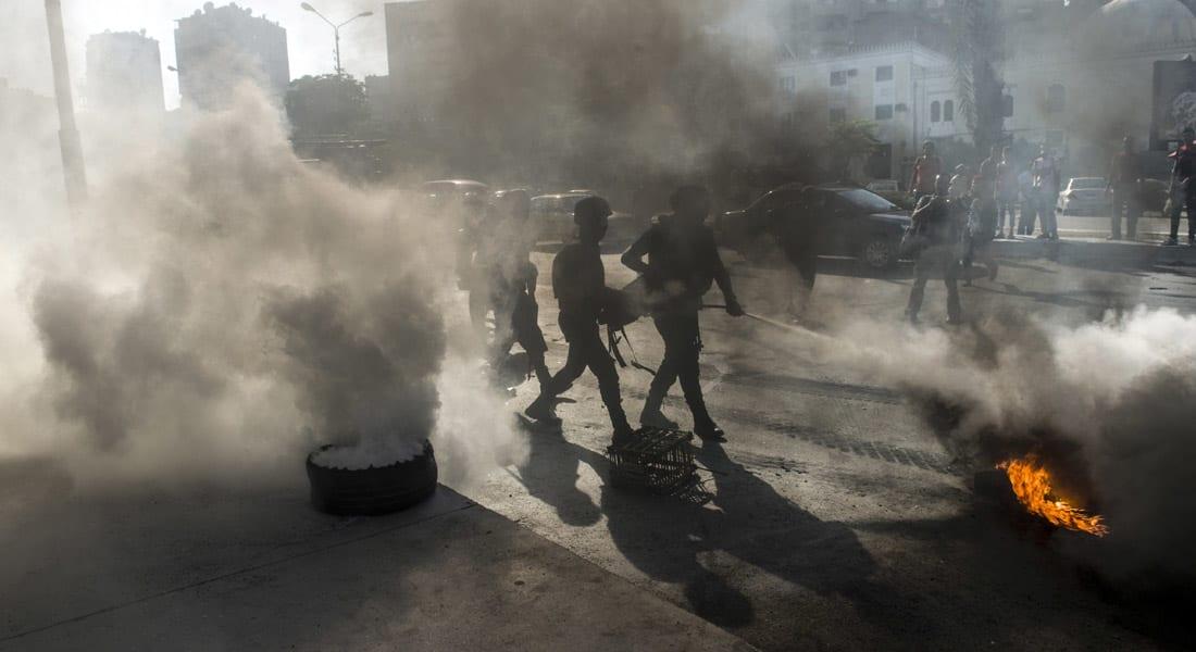 """أول """"اختبار"""" لحكومة مصر الجديدة.. احتجاجات تقطع """"دائري"""" الجيزة وإسماعيل يحدد 24 ساعة لإنهاء الأزمة"""