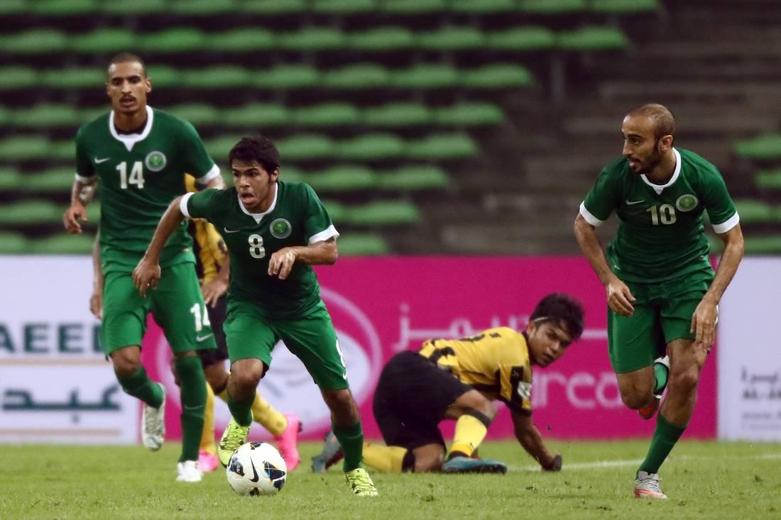 تصاعد الخلاف بين الاتحادين السعودي والفلسطيني بسبب نقل مباراة المنتخبين خارج الأراضي الفلسطينية