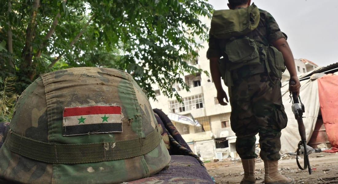 """مصطفى النجار يكتب.. """"الجيش السوري عائلي وطائفي بامتياز"""""""