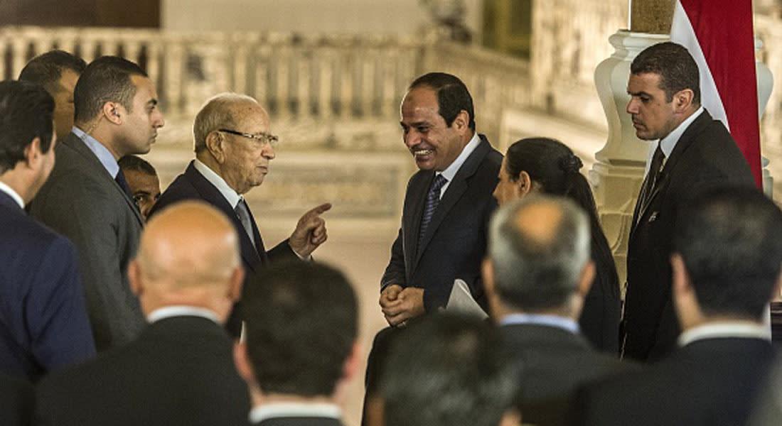 """السبسي بأول زيارة للقاهرة.. توافق مصري تونسي على محاربة الإرهاب و""""حل سياسي"""" بليبيا وسوريا"""