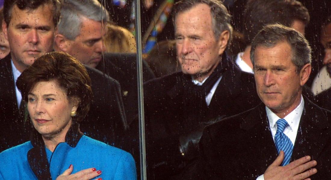 """جيب بوش: """"بابا"""" يغضب عندما يهاجمني الناس وتحسنه مرتبط بالنكت """"شبه البذيئة"""""""