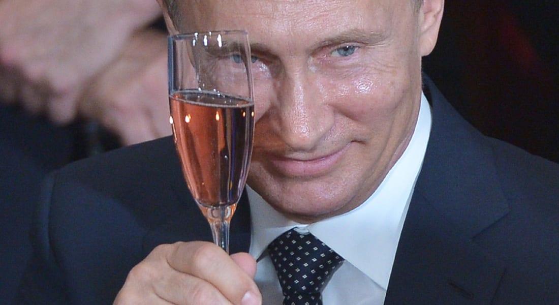 محلل أمريكي لـCNN: نفوذ بوتين وخامنئي يتزايد مقابل تراجع سنّة تدعمهم أمريكا.. وموسكو تُغرق أوروبا باللاجئين