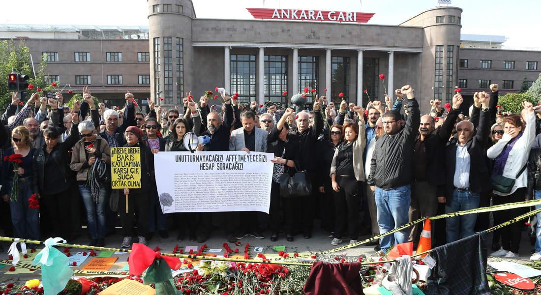 """تركيا تؤكد هوية أحد منفذي تفجيرات أنقرة.. يونس ألاغوز """"داعشي"""" شقيق انتحاري """"سوروج"""""""