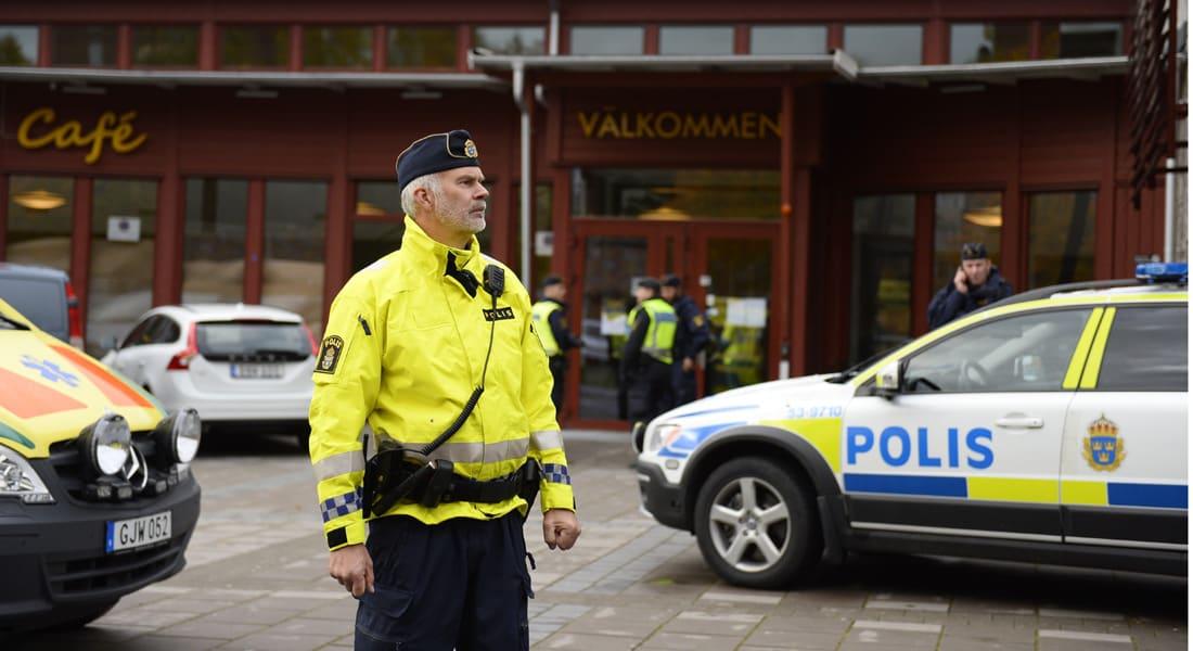 مقنع يهاجم بالسيف مدرسة جنوب السويد.. ومقتل وإصابة 4 أشخاص