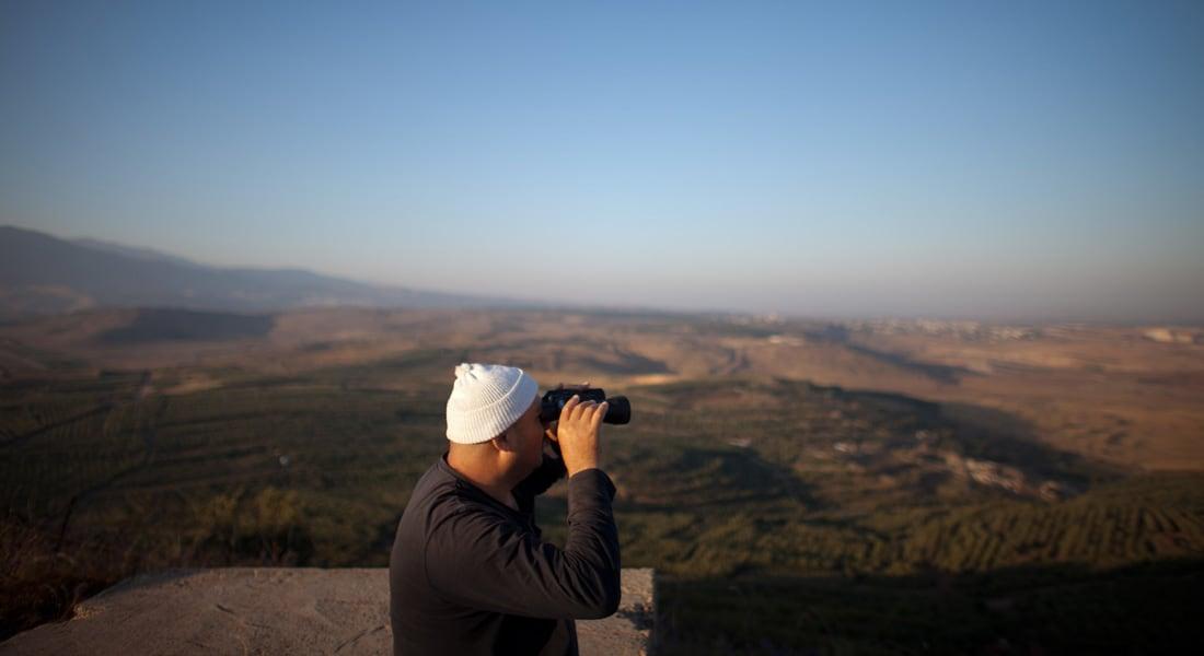 الجيش الإسرائيلي: شاب من عرب إسرائيل اجتاز الحدود إلى سوريا بواسطة طائرة شراعية