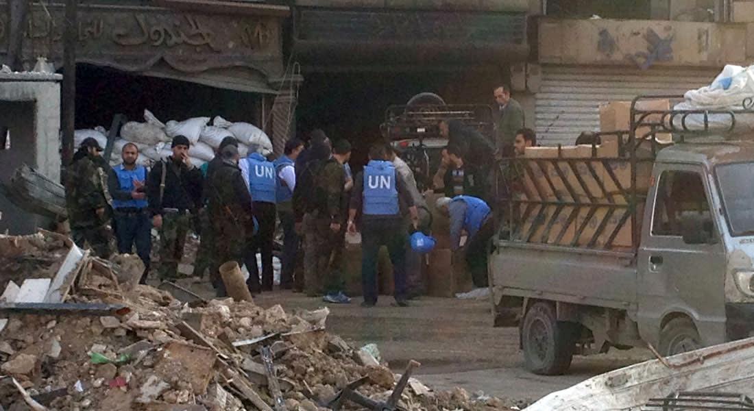 غضب بصفوف معارضين سوريين بعد إقرار UN بتوزيع بسكويت منتهي الصلاحية.. واتهام لحزب الله بمحاصرة المرضى