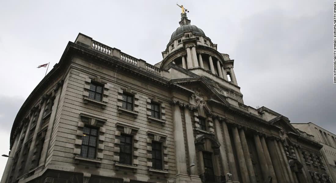 محكمة بريطانية تقضي بسجن ليبي 6 سنوات لمحاولة تهريب أسلحة قيمتها 28.5 مليون دولار