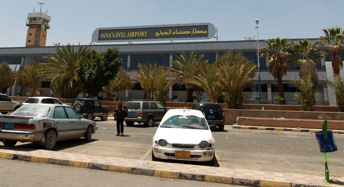 """محمد الحوثي يستنكر منع """"العدوان"""" مغادرة طائرة روسية من مطار صنعاء: يؤكد النية على الإبادة"""