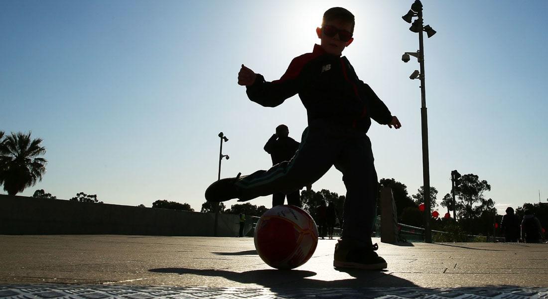 أمريكا تمنع الأطفال دون العاشرة من ضرب كرة القدم برؤوسهم