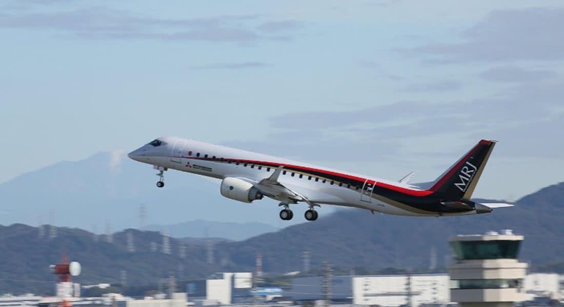 """""""ميتسوبيشي"""" تطلق أول طائرة تجارية يابانية منذ 50 عاماً"""