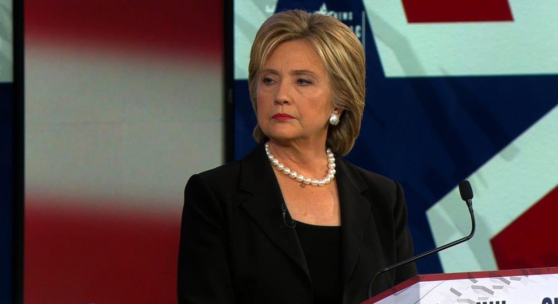 """هيلاري كلينتون عن وصف """"الإسلام المتشدد"""": لا نخوض حرباً ضد المسلمين"""