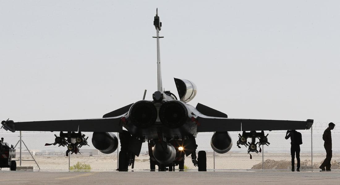 المرصد السوري: مقتل 33 من عناصر داعش جراء الضربات الجوية الفرنسية