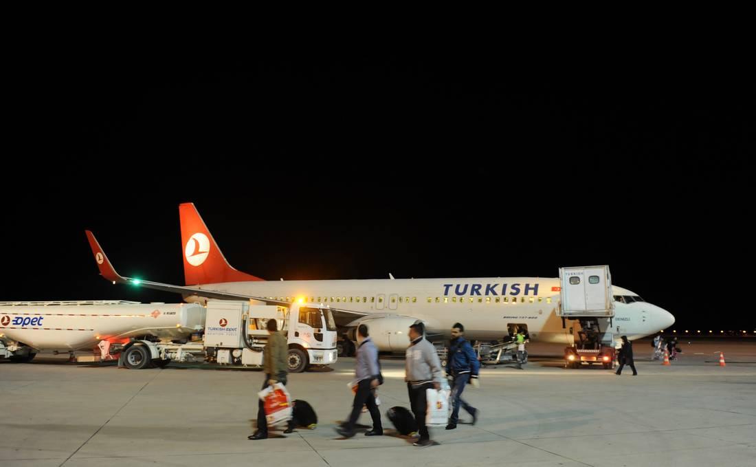 """تركيا ترّحل عددا من المغاربة الثمانية المشتبه في انتمائهم لـ""""داعش"""""""