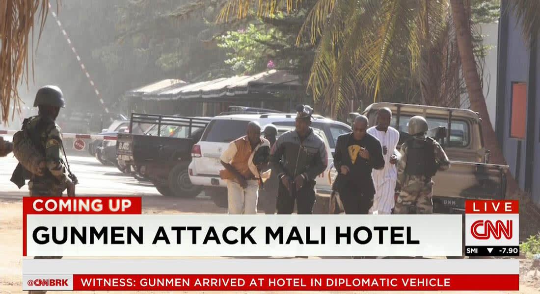 الجيش الفرنسي: لا توجد قوات فرنسية بعاصمة مالي.. والأمم المتحدة لـCNN: مسلحان أو 3 هاجموا فندق راديسون بلو