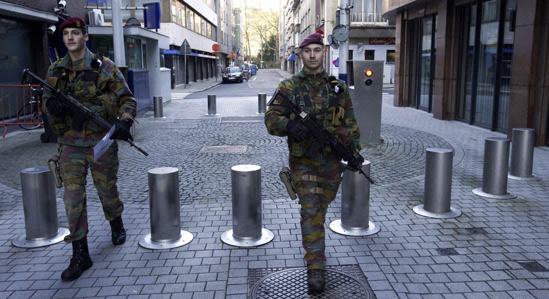 """هجمات باريس.. بلجيكا ترفع حالة الطوارئ لـ""""القصوى"""" ببروكسل.. ومحلل شؤون الإرهاب بـCNN: هذا يعني إغلاق العاصمة تماما"""