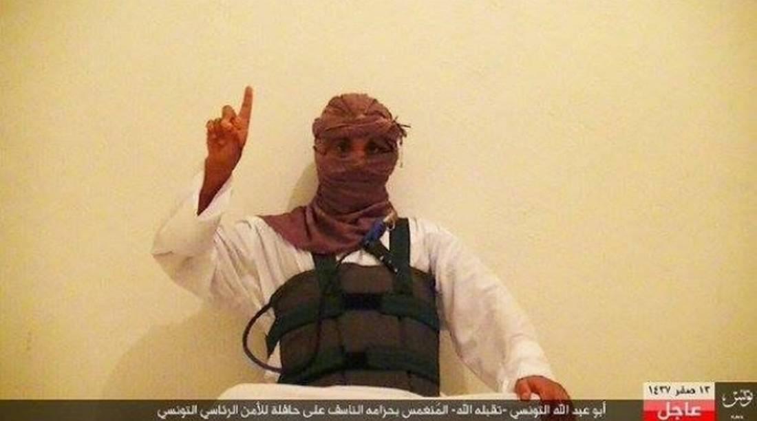 بائع متجوّل وراء مصرع 12 رجل أمن تونس إثر تفجيره لنفسه في حافلتهم